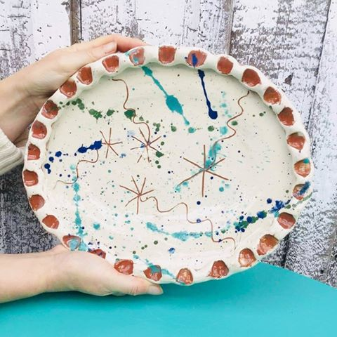 Oval dish made at eastnor pottery sarah monk is a professional ptter specialising in slipware for the discerning foodie