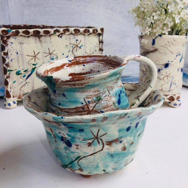 Teal slipware bowl & jug with diasy motif by sarah monk ceramics